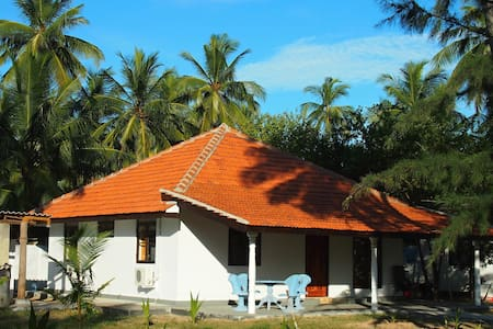 Sea View Villa 108 Palms Beach (8pax,2xA/C),Trinco - Nilaveli - Vila