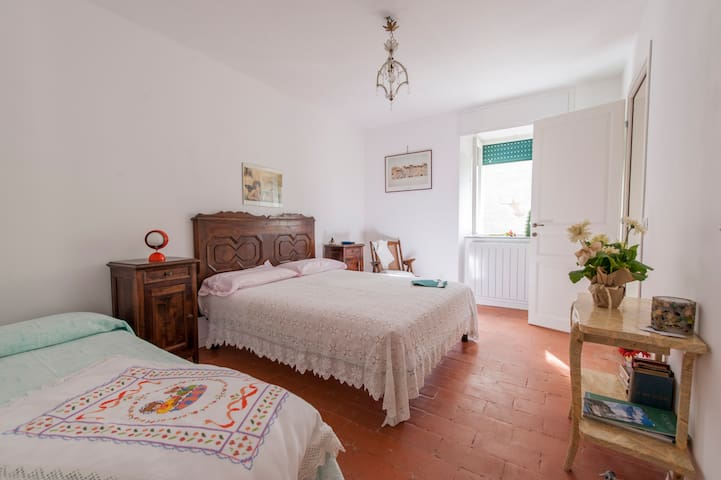 B&B ANGELA stanza quadrupla - Clusone - Penzion (B&B)