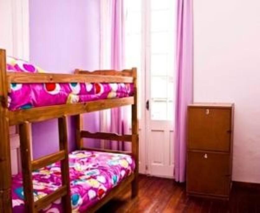 dormitorios con terraza a la calle