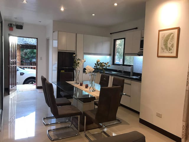 Elegant guestHouse w/ 2bdrooms for rent in panglao