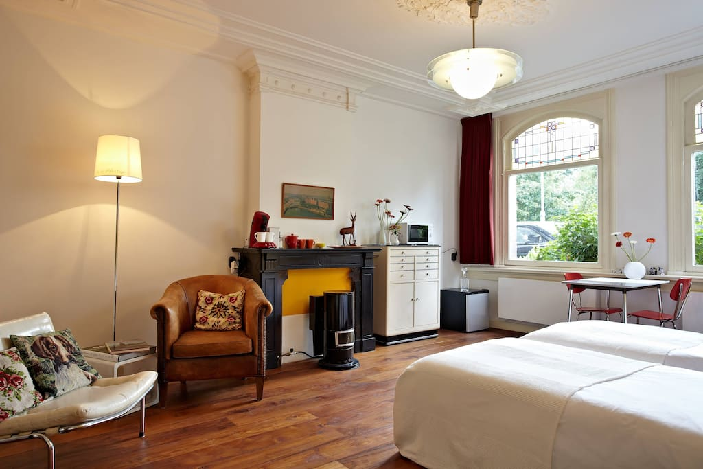 Bed breakfast the perfect home chambres d 39 h tes for Chambre d hotes amsterdam