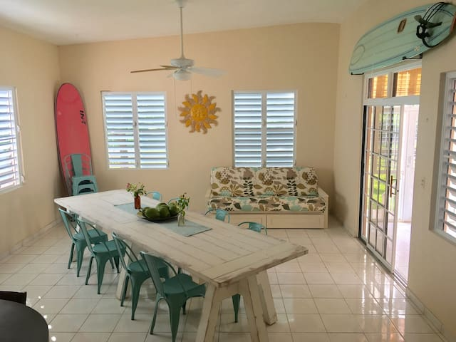 Relax! Breezy, large 3BR home in paradise - Isabela - Casa