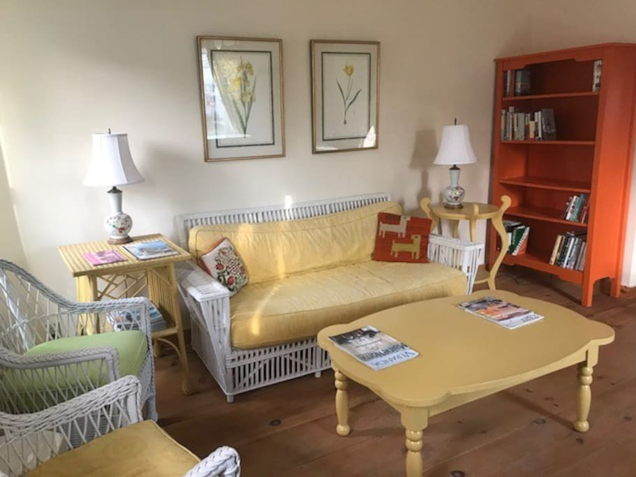 Morning sun living room with Maine Cottage furniture.