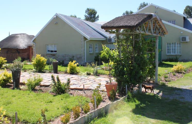 Maidenhead Country Lodge