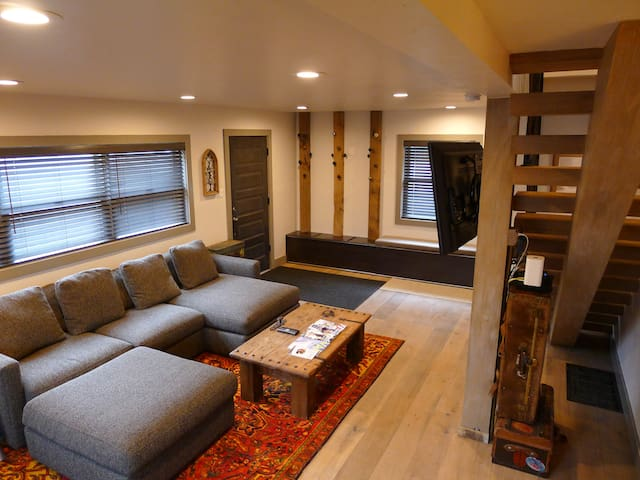 Vail Charming Chalet - 3Bd/2Ba - Minutes from Bus - Vail - Dağ Evi