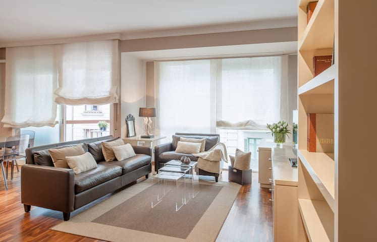 Family Luxury Flat in the Center - Barcelona - Huis