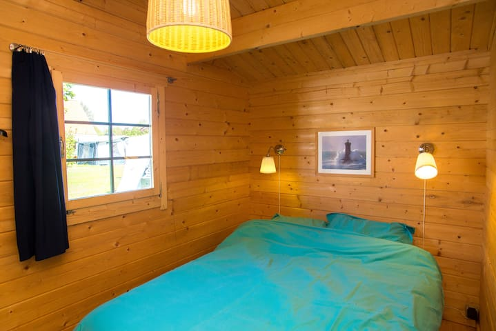 comfortable Cottage in Oostvoorne - Oostvoorne - Kulübe
