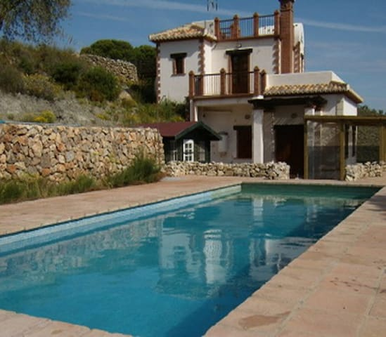 mountain villa with a private pool - Cozvijar - Casa