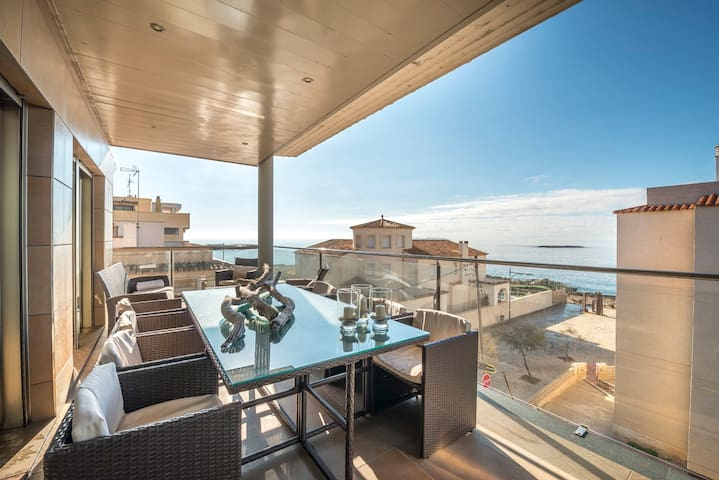 MAR COLONIA - Apartment with sea views in Colonia de Sant Jordi.