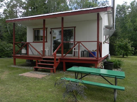 Temagami Riverside Lodge - Cabin 1 - South