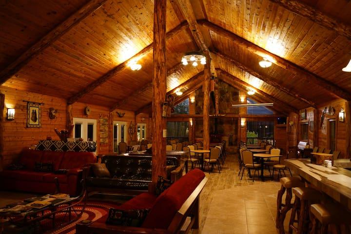 Indian Ridge Lodge Solar & Wind-Powered Family B&B