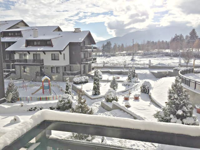 Relaxing Spa, Ski  & Golf mountain 1 Bed Apartment - Razlog - Departamento