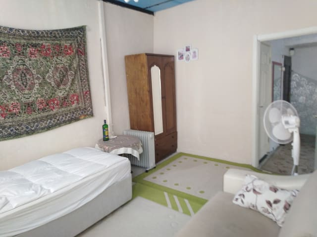 Special room & unlimited wifi & terrace & tea
