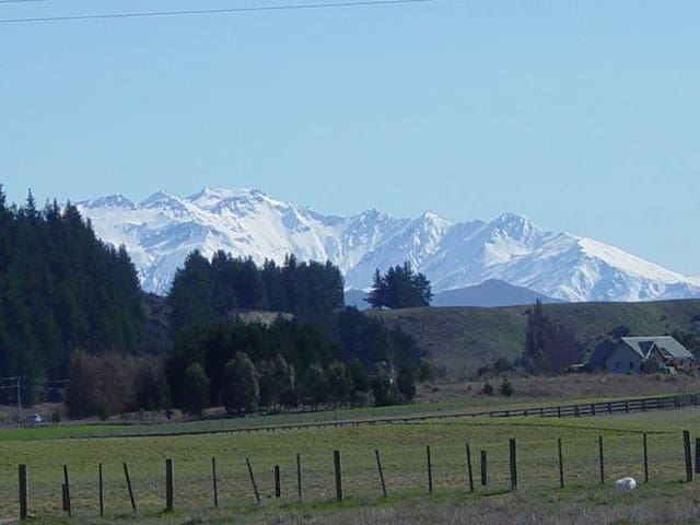The Dell B&B/Homestay of Wanaka - Luggate