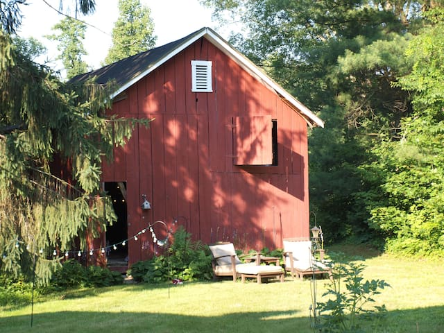 Charming Barn Loft (close to NRG) - ฟาแยตวิลล์