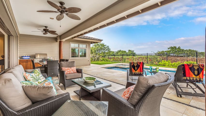 Beautiful brand-new outdoor plush furniture allows you to take in the tropical breezes from the lap of luxury.