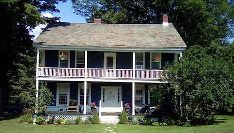 Charming Historic 1804 Tavern, now restored home.
