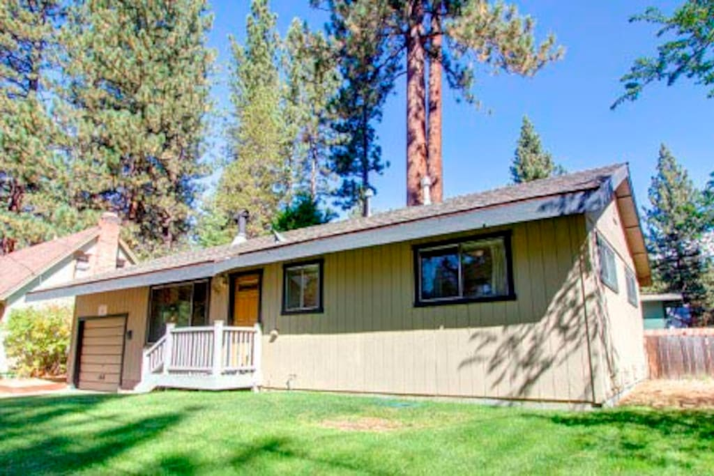 Affordable stylish cabin cabins for rent in south lake for Cabin rental tahoe