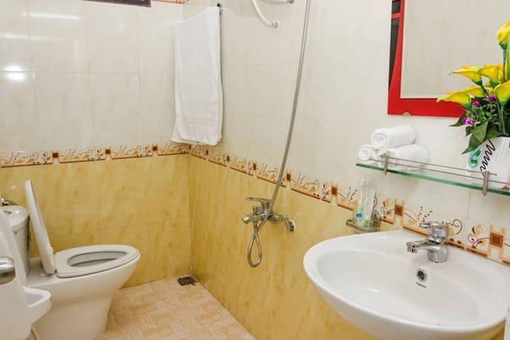 Double room Thinh Vuong Homestay.
