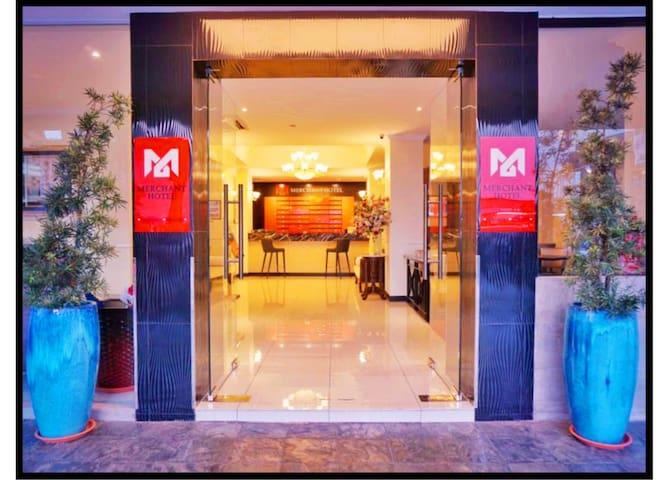 Merchant Hotel3