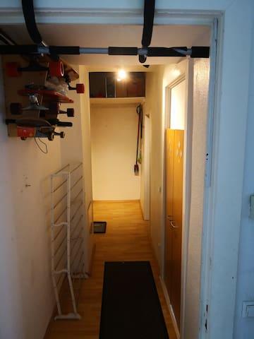 kleine Berliner Altbauwohnung für Pärchen