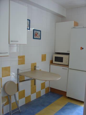 Pilgrim's private room CAMINO DE SANTIAGO - Ponferrada - อพาร์ทเมนท์