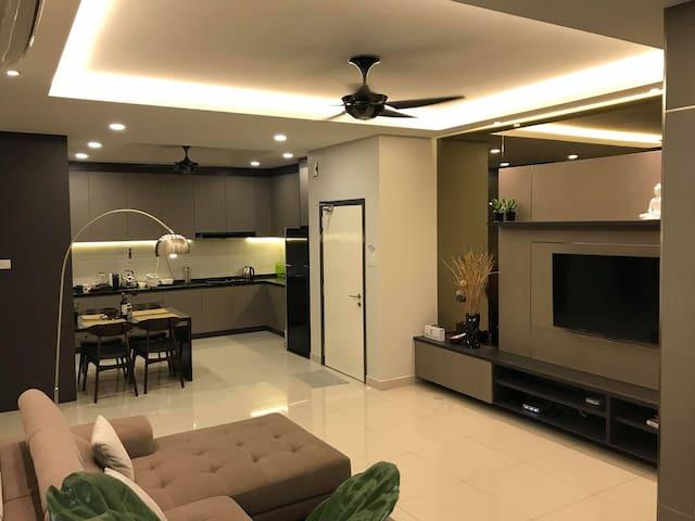 Subang Jaya - Cozy Homestay (Small room) 舒适乐居