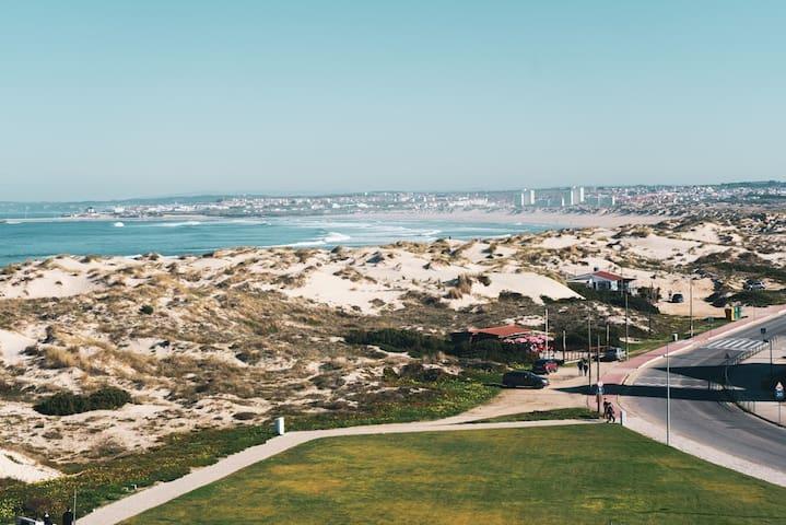 3 BR Roofterrace w Baleal beach view, Netflix, PS4