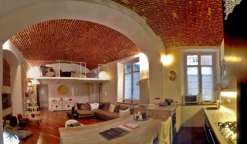 Fantastic loft in Liberty Turin