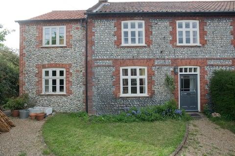 Gresham B & B: North Norfolk village nr Chaucer Barn