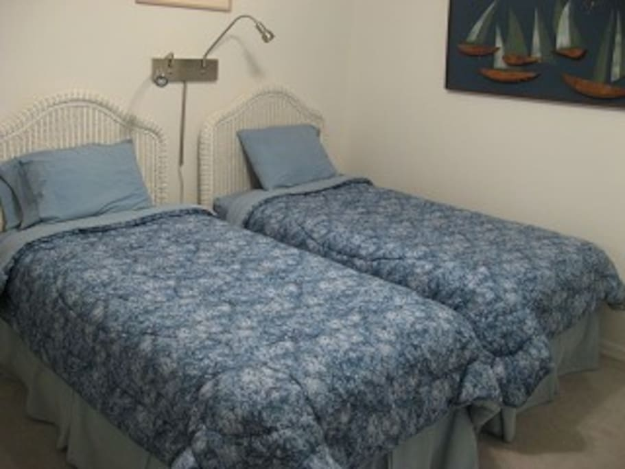 Second Bedrooms with twins
