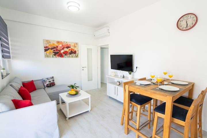 Big beach apartment II