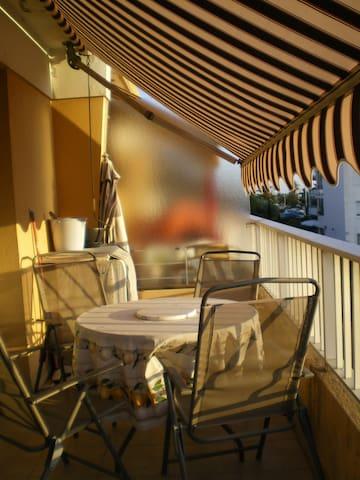Sunny flat French Riviera nearNice  - St-Laurent-du-Var - Flat