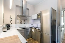 Brand new kitchen. Fully equipped with high-end appliances. Cooking is a pleasure here :-)