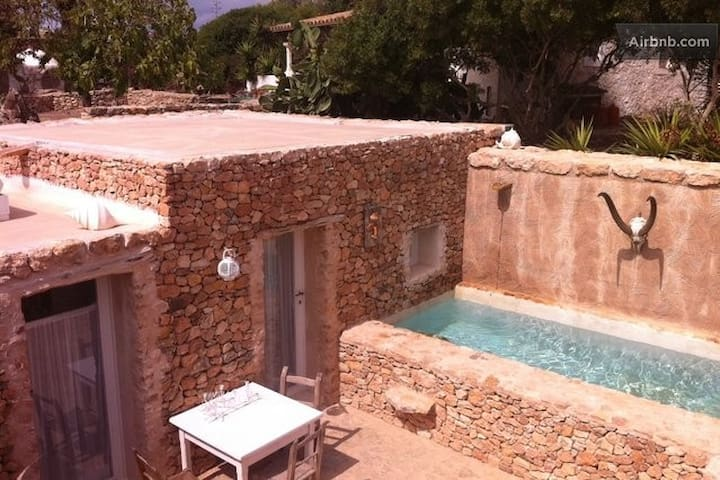 Cute Place! Mini Pool / WiFi /AC - Formentera - House