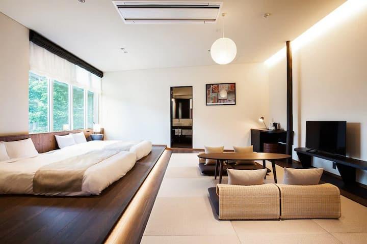 HOTEL KARUIZAWA CROSS / Asia Oriental 8 people