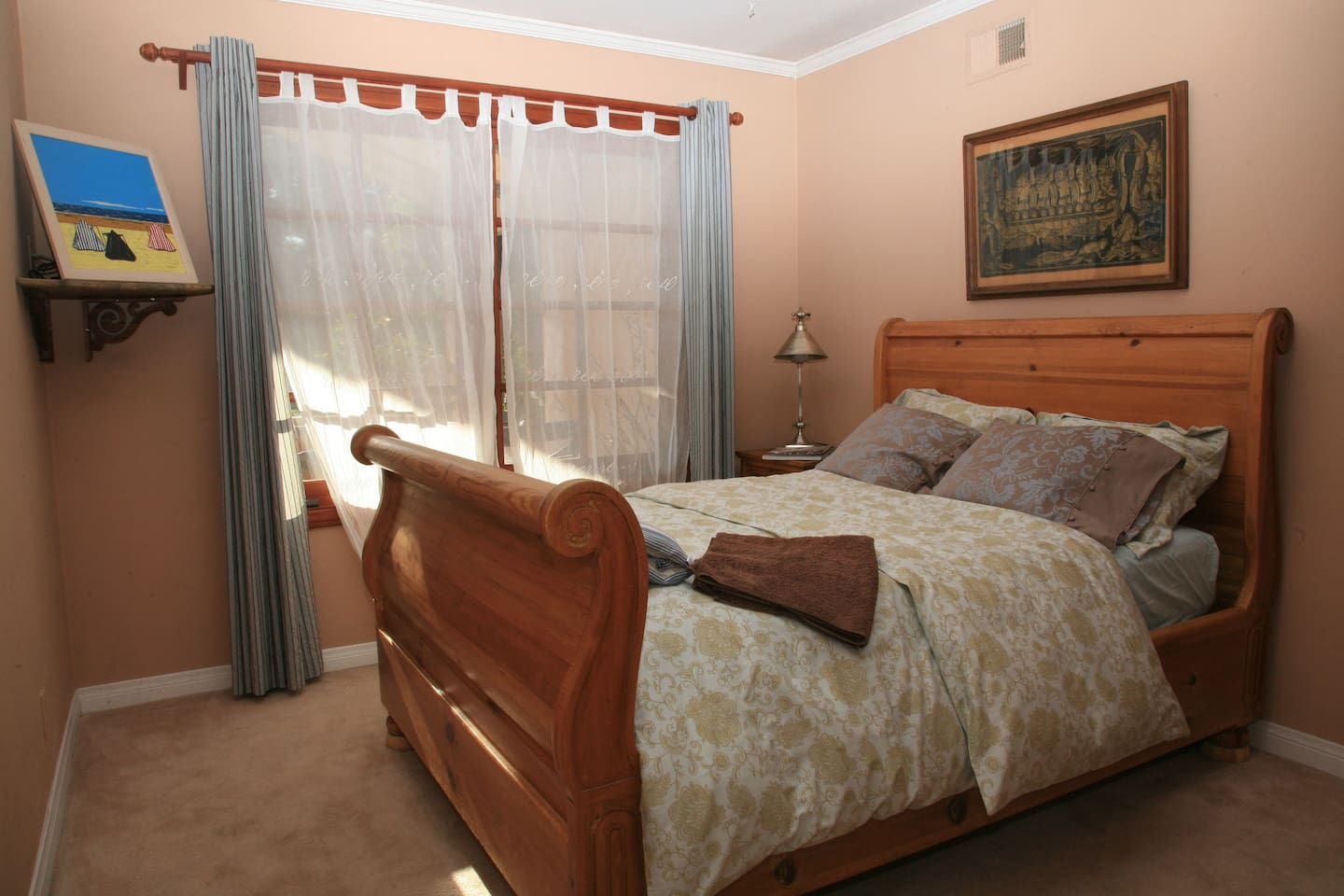 guest room, full size bed