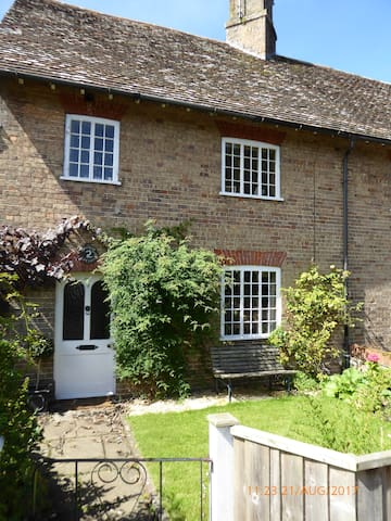 Ensuite double in cottage, West Stafford, Dorset