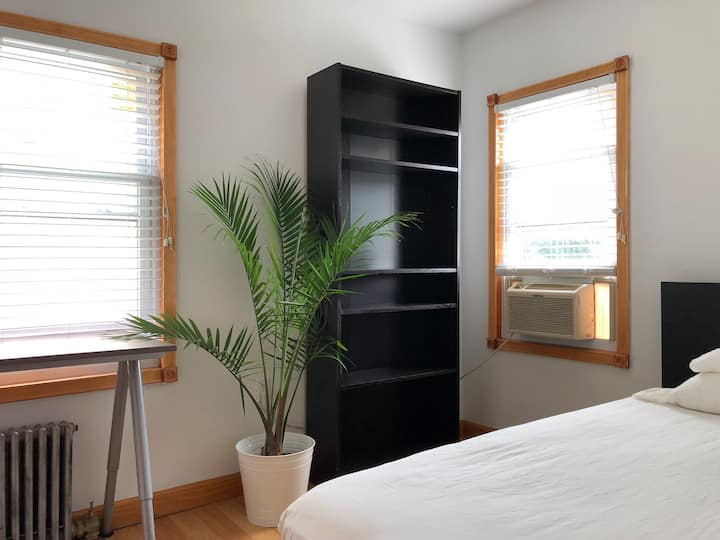 Pvt Single Bed 10 min from JFK, Close to Manhattan