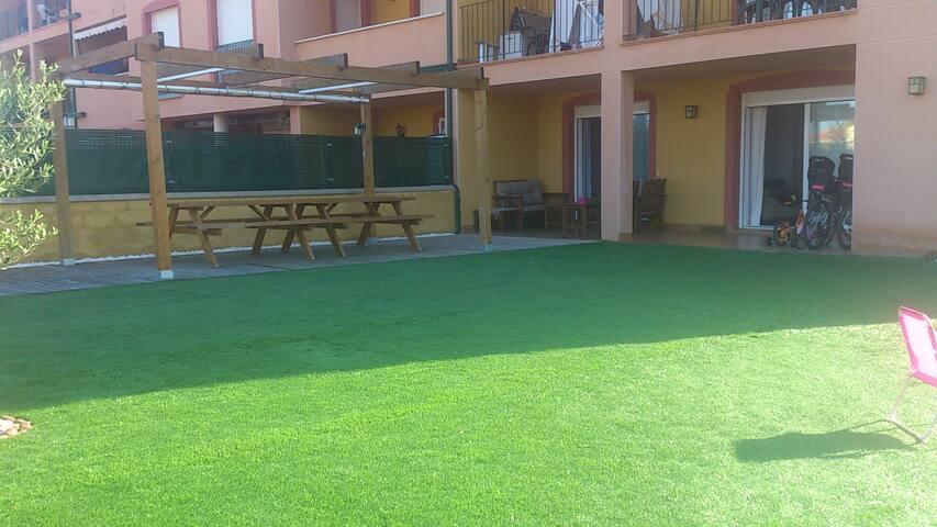 Planta baja con jardín en Miami Playa - Vila Romana - Holiday home