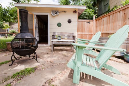 South Austin studio guest house