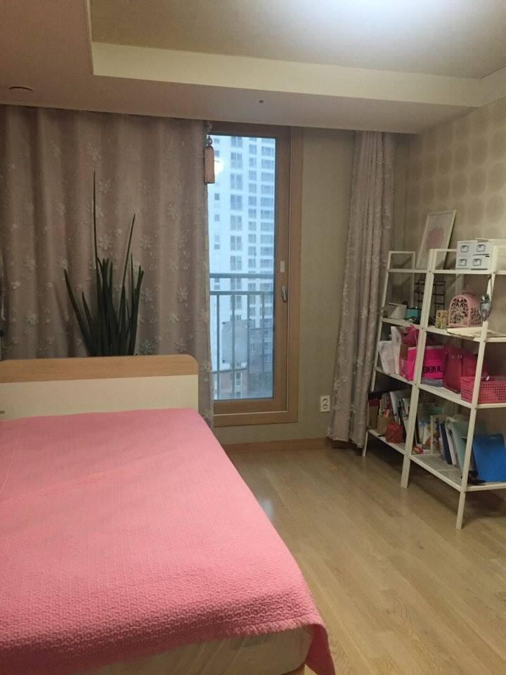 Cosy single room
