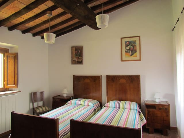 Camera doppia, piano terra - Bedroom with two single beds, ground floor
