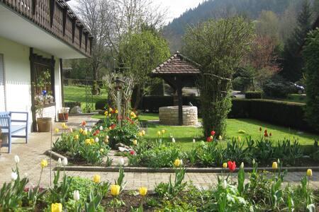 Haus Edelbrünnele - Wälderblick - Kandern