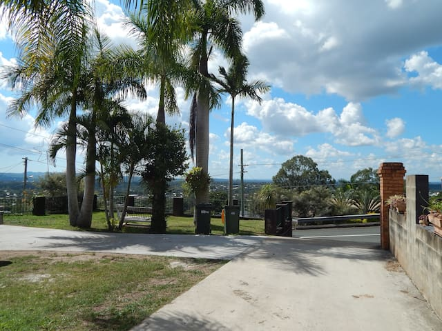 Quite place with great views. - Beenleigh - Daire