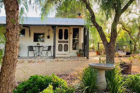 Barossa Valley Farm Cottage - Buckbury End Farm