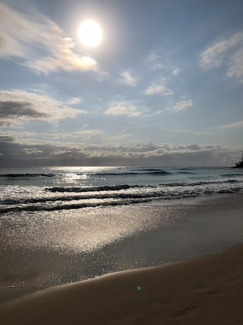 Little Beach Retreat, Burleigh