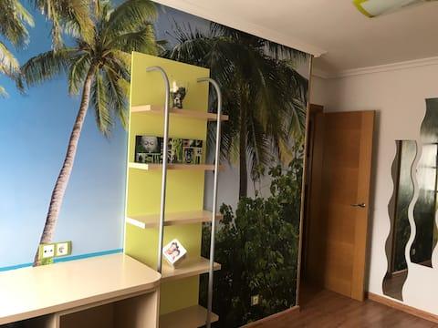 El apartamento de Maria acogedor,espacioso y WiFi