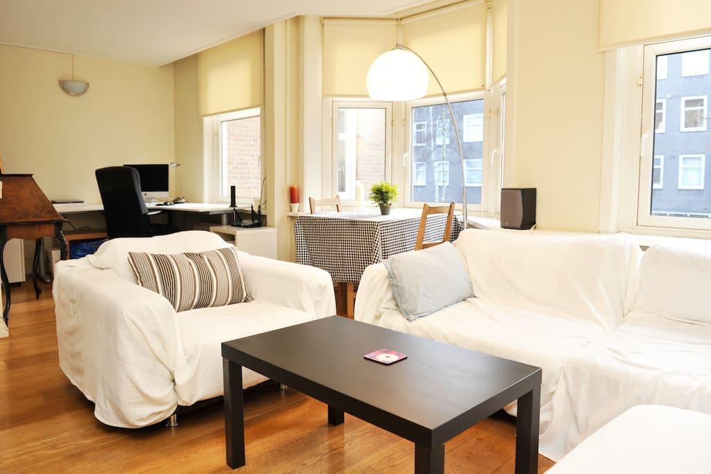 Very light livingroom