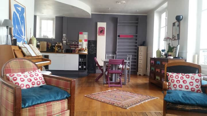 Appartement d'artiste  près Paris